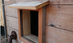 arduino-chicken-coop-door-exterior-slideshow-2-sm