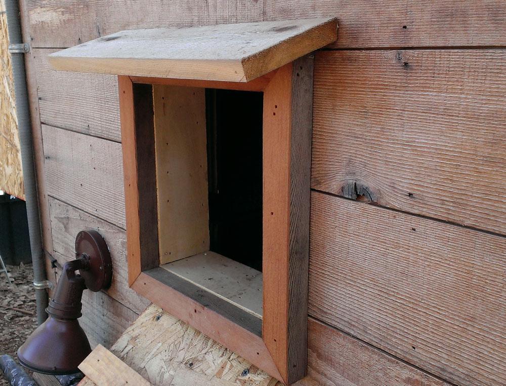 Arduino Chicken Coop Door -installed exterior