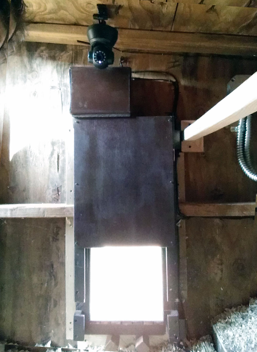 Arduino Chicken Door: installed - interior
